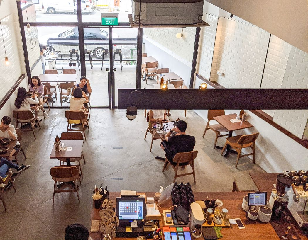 daizu cafe interior view