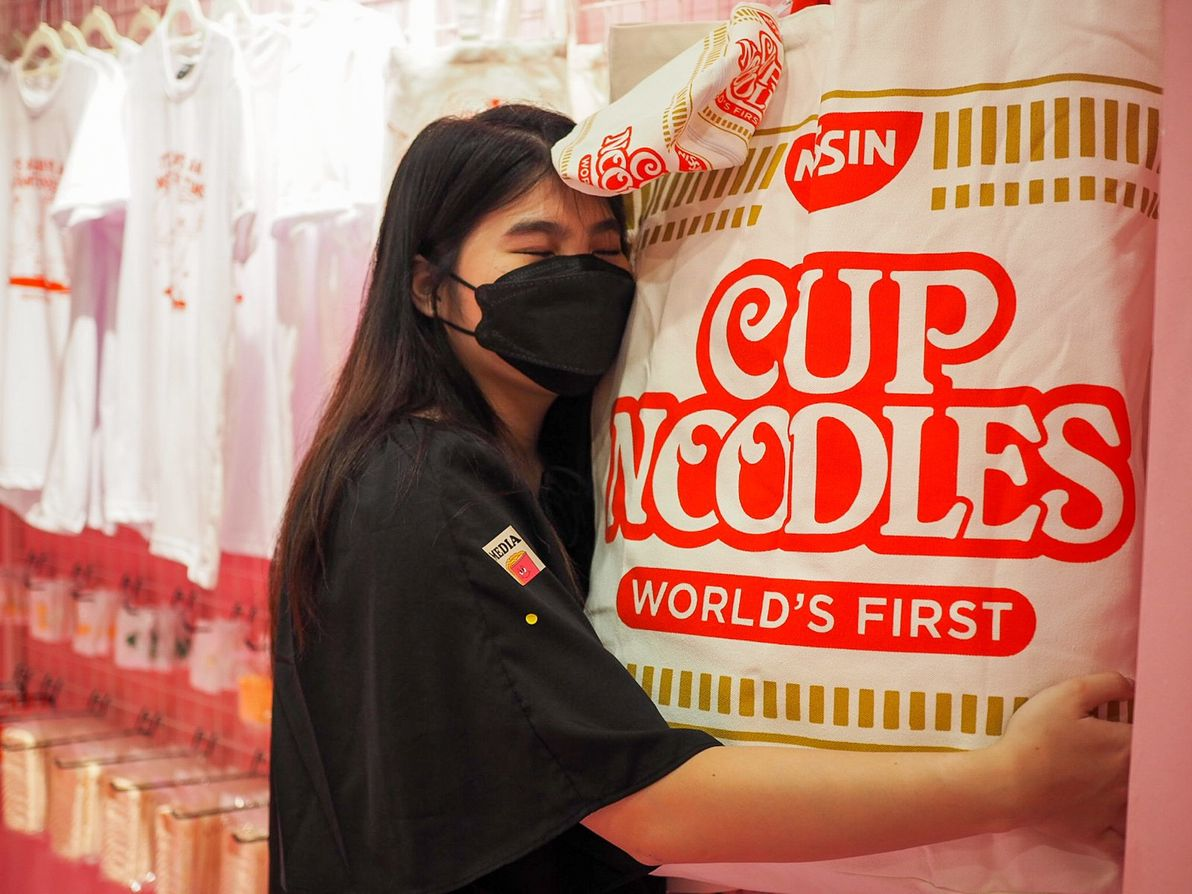 slurping good cup noodle bag